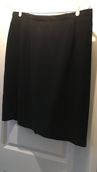 Women's navy blue skirt