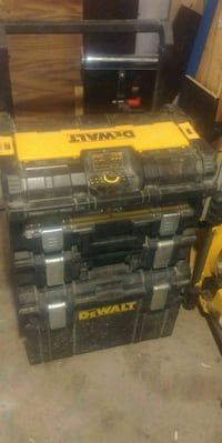 Dewalt tough system w radio St. Catharines, L2W 1B8