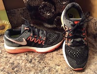 Nike black, gray, tangerine, & white running shoes Calgary, T2J 1Y9