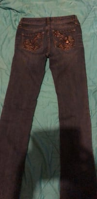 cache size 0 womens jeans  Evansville, 47712