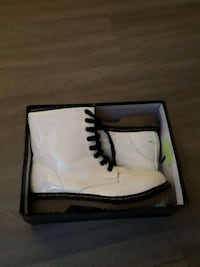 pair of white high-top sneakers Long Beach, 90806