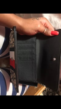 Tommy wallet  Toronto, M1P 4P5