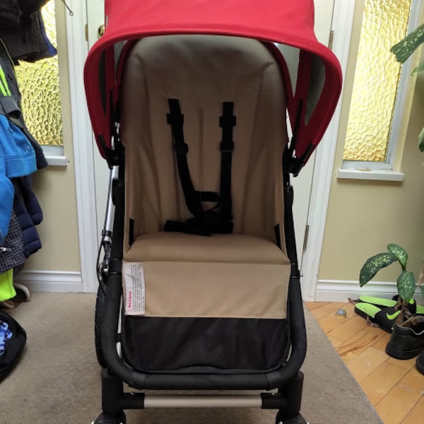 Cameleon Bugaboo stroller with accessories. Excellent condition