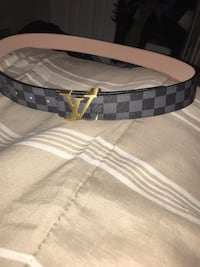 Black and gray louis vuitton leather belt Pickering, L1X 2S7