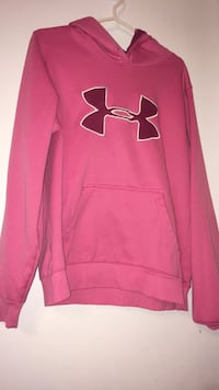 Size medium/ Under Armour  Lower Sackville, B4E 2R9