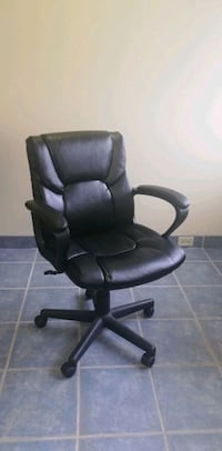 Brand new office chairs (2x available) Toronto, M3J 3J4