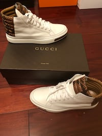 Men's size 9 Gucci sneakers  45 km
