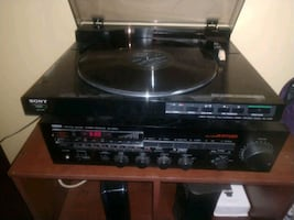 Vintage Sony PS-LX520 turntable. Works amazingly 45 obo