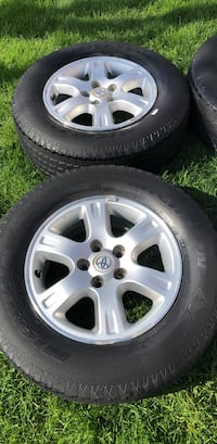 Toyota Highlander OEM Rims  and tire.  Great Condition Vaughan