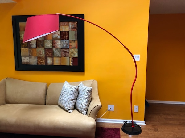 Floor Lamp and coffee table