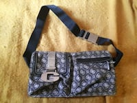 Authentic GUESS side carry Bage