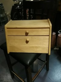 brown wooden 2-drawer nightstand Toronto, M3J