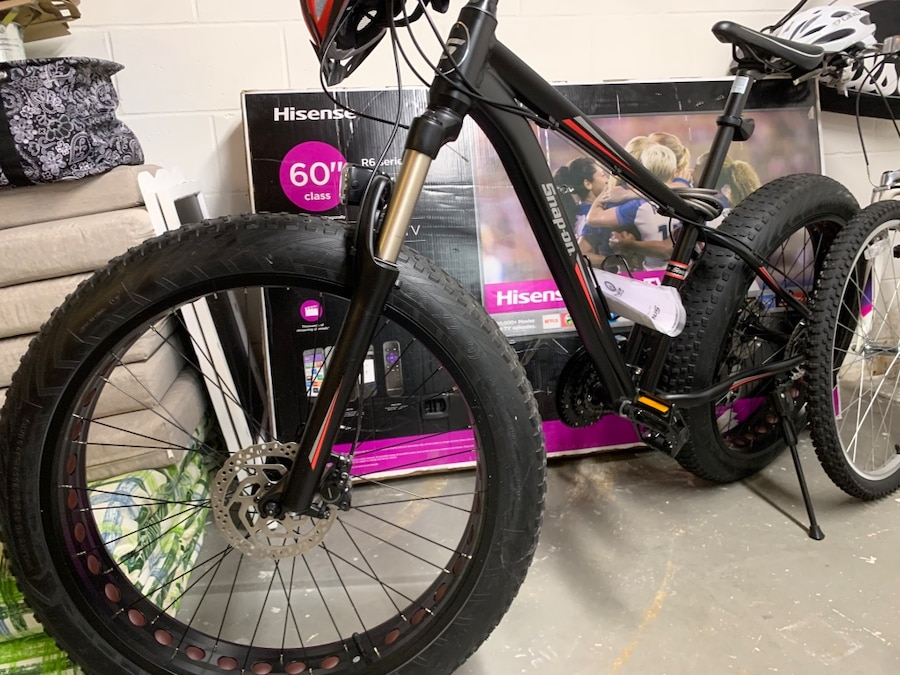 Photo Snap On FAT TIRE Mountain Bike! NEW — Lights,Helmet,Cable lock!