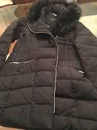 black zip-up bubble jacket Vaughan, L4J 8G4