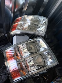 two stainless steel car headlights El Paso, 79915