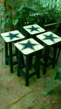 four white and blue star printed wooden seat Brownsville, 78521