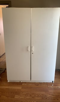 Storage closet need gone ASAP best offer moving today