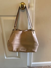 Authentic Michael Kors Leather bag Keedysville, 21756