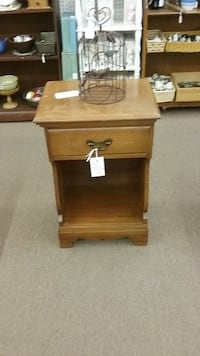 Sale...Vintage Single Drawer Nightstand Mesa