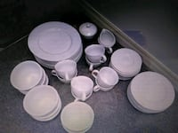 Dishes service for 8 Markham, L3T 5H2