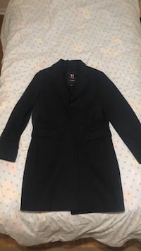 Brand new coat for men. Never used size small Montréal, H4L 3N3