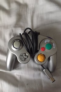 GAME CUBE CONTROLLER!