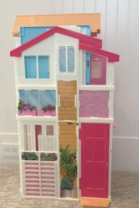 Doll house,  dolls, doll clothes, jeep and doll house accessories Surrey, V3S 3P2
