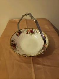 Aynsley & Co small serving bowl Newmarket, L3Y 4Z4