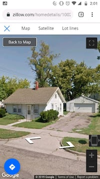 1 BR House w/2 car garage For Rent