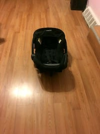 Black and gray car seat carrier Baltimore, 21224