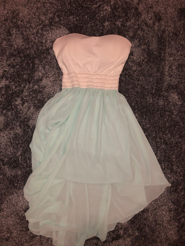 Dress worn once size medium but fits large too