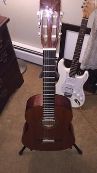 Brown and black acoustic guitar Dallastown, 17313