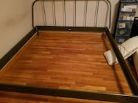King size IKEA bed frame Middlesex, 08846