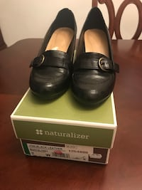 Naturaliser shoes Richmond Hill, L4C 2S5