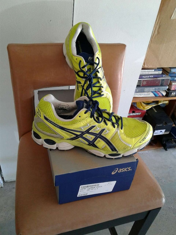 9feac5acd5b3 Used yellow-and-black asics running shoes with box for sale in San Diego -  letgo