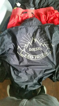 Size medium diesel jacket Delta, V4C 2Z6