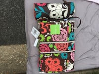 Vera bradley baby bottle storage and diaper pad and paci holder. never used Fairfax, 22032