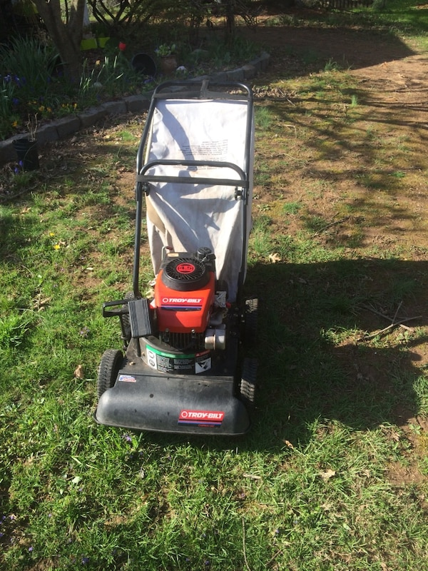 Troy Bilt Chipper Vac
