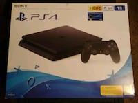 Sony PS4 console with controller box El Paso, 79904