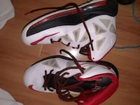 Red and white NIKE Springfield, 65802