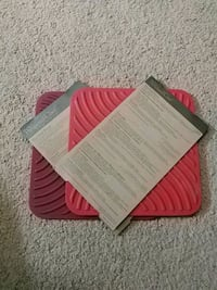 Pampered Chef (2) red trivets Hamilton, L9C 7A2