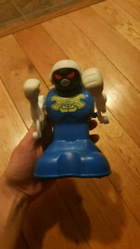 Battery Operated Wrestling Toy