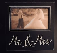 Mr & Mrs 4x6 picture frame $5 Amarillo, 79109