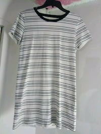 gray and white striped crew-neck shirt Imperial, 92251