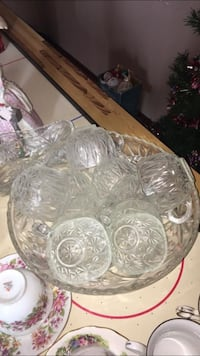 Crystal punch bowl set comes with 11 cups  Winnipeg, R2L 0H1