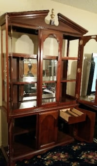 Beautiful Cherry-wood China Cabinet. Las Vegas