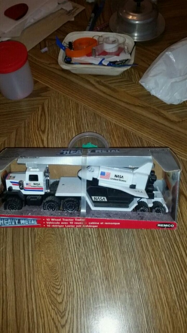 Space Shuttle Toy Truck