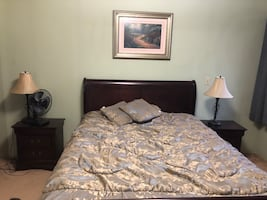 Queen size bed+2 side tables-pick up only