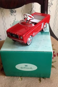 Hallmark Kiddie Car Classic Ford Mustang Diecast