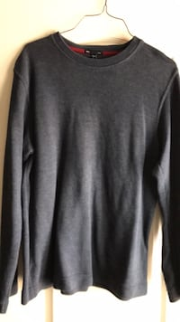 Blue crew neck sweater size small Mission, 78572
